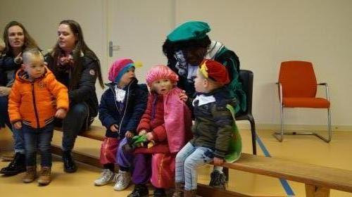 Jongste kinderen sinterklaas (3)